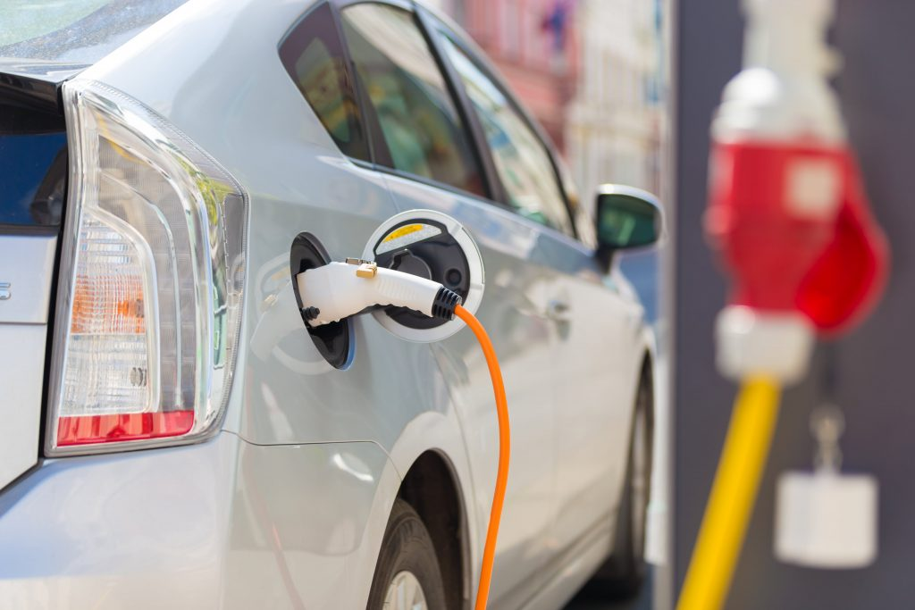 Установка зарядки для электромобиля