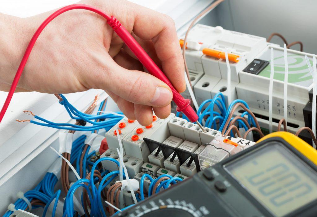 Dépannage rapide de tout problème électrique